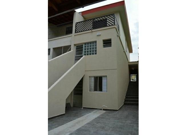 Lindo sobrado de 120m²,com 2 dormitórios,2 vagas de garagem em São Bernardo do Campo.
