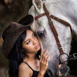 dont be sad by Ivan Lee - People Fashion ( model, girl, horse, hat, country )