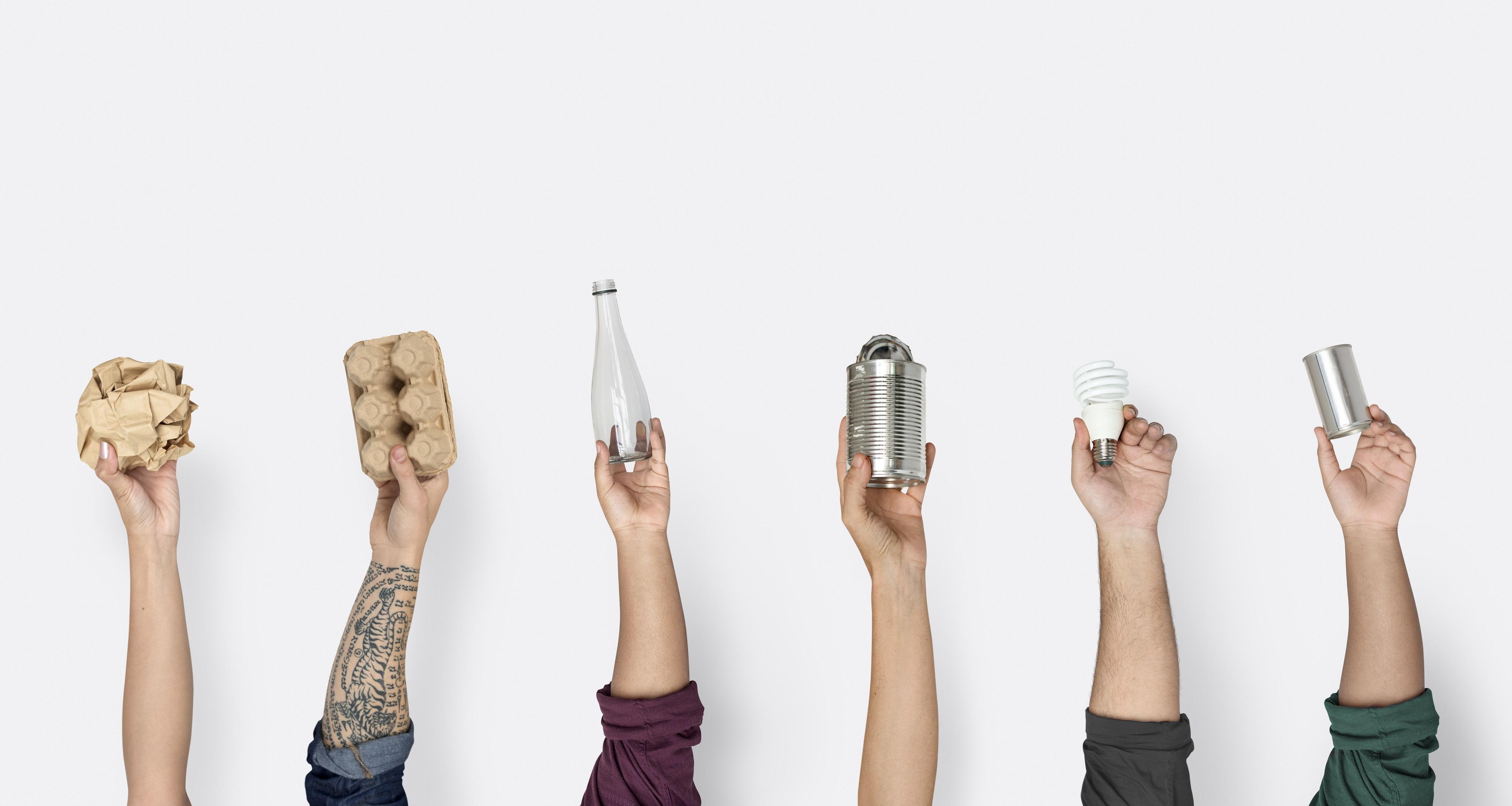 Vidro ou plástico? Reciclado x Reciclável: qual é mais sustentável?