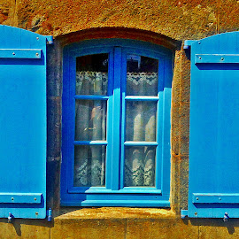 Window by Dobrin Anca - Buildings & Architecture Architectural Detail ( window, sunny, street, brittany, walk )