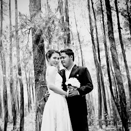 Forever by Iqbal Gautama - Wedding Other ( love, canon, indonesia, couple, bndung )