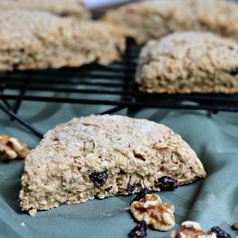 Oatmeal Walnut Raisin Scones