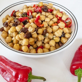 Spicy Garbanzo Bean Salad with Aleppo Peppers