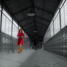 Red Woman# by Abílio Neves - People Street & Candids