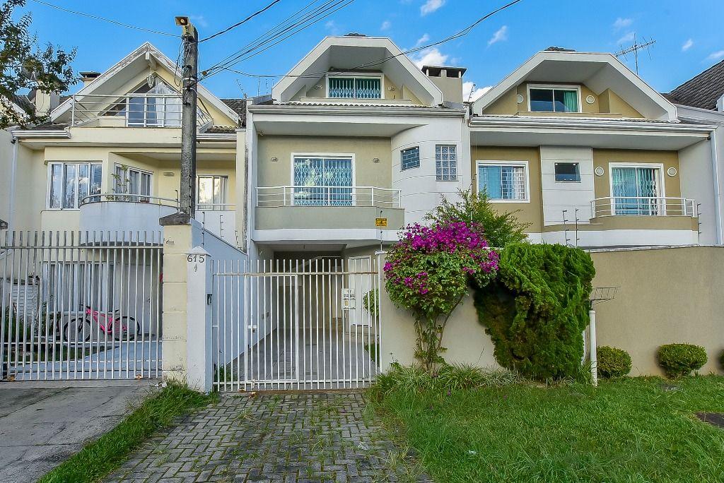 SO0049-ROM, Sobrado de 3 quartos, 146 m² para alugar no Orleans - Curitiba/PR