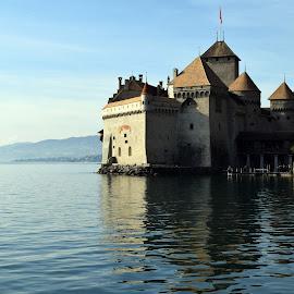 chateau de Chillon by Ester Ayerdi - Buildings & Architecture Public & Historical ( lake leman, castillo, switzerland, castle, architecture, chateau de chillon )