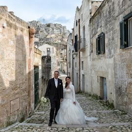 by Antonello Madau - Wedding Bride & Groom