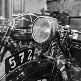 572 by Keith Reling - Transportation Motorcycles ( brussels vintage motocycles )