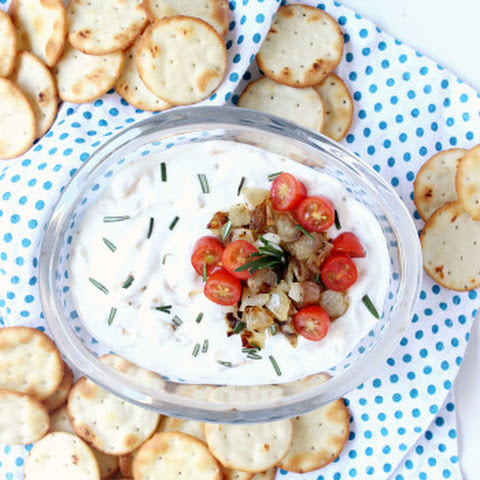 15 Minute Caramelized Onion Dip w/ Greek Yogurt
