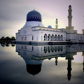 Reflections by Mohd Shahrizan Taib - Buildings & Architecture Places of Worship ( e30, kota kinabalu, zuiko lens, mosque, olympus )
