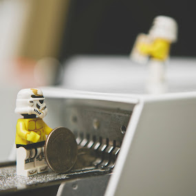 by Jonathan Stolarski - Artistic Objects Toys ( storm trooper, toywar, toy, toywars, star wars, laundry, lego )