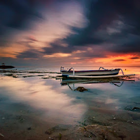Karang Beach by Hendri Suhandi - Landscapes Travel ( bali, karang, indonesia, sanur, beach, travel, sunrise )