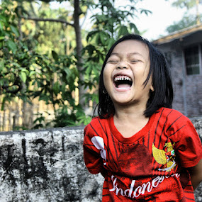 luv Indonesia... by Nur Haryadi - Babies & Children Children Candids ( lol, laugh )