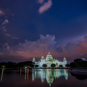 The Pride of Kolkata by Somsubhra Chatterjee - Buildings & Architecture Statues & Monuments ( water, clouds, reflection, memorial, sunset, kolkata, victoria )