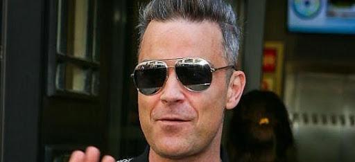 Robbie Williams se pasa con el Botox