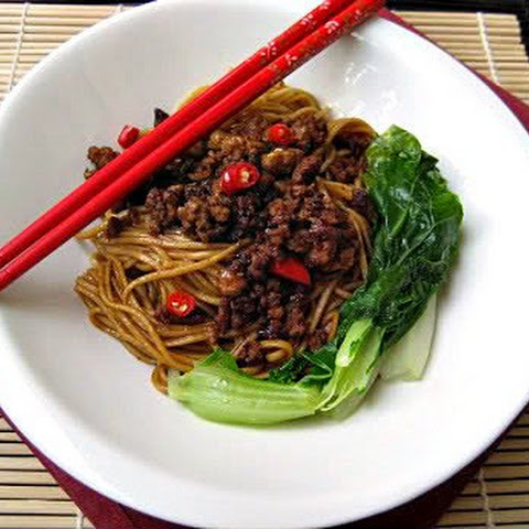 Noodles with Spicy Ground Pork