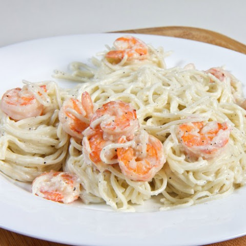 Pasta With Shrimp In Lemon Cream Sauce