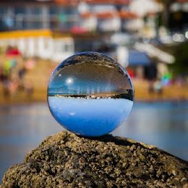 Bola by Adriano Freire - Artistic Objects Glass ( praia, bola, vidro, milfontes, portugal )