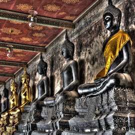 Black and Gold Statues by Raymond Maulany - Buildings & Architecture Statues & Monuments ( statue, thailand, gold, worship, black )