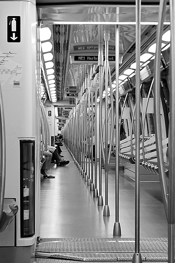 --  standing pole  -- by Didit Fadjar - News & Events World Events ( photojournal, black and white, transport )