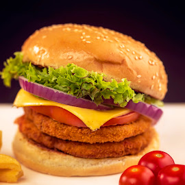 double cheze burger by Ahmed Rayan - Food & Drink Meats & Cheeses ( canon, product, food, photography )