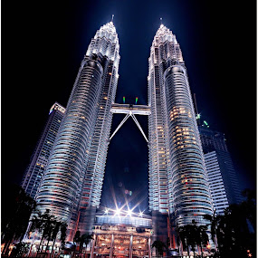 KLCC at Night by Mohd Normi - Buildings & Architecture Statues & Monuments ( malaysia building, klcc, building, kuala lumpur city centre )