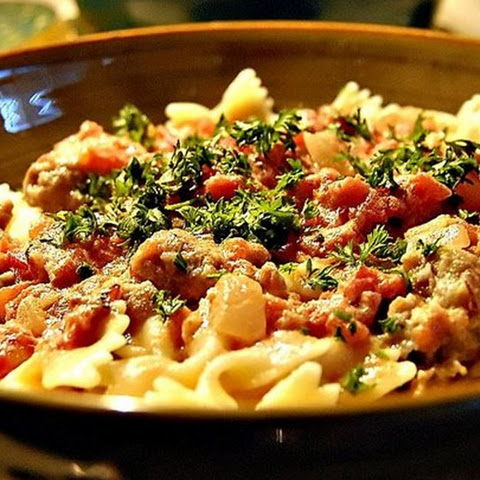 Bow Ties with Sausage, Tomatoes and Cream