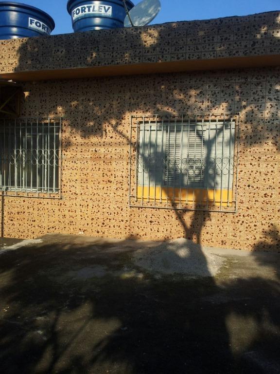 Casa / Sobrado à Venda - Parque Dourado