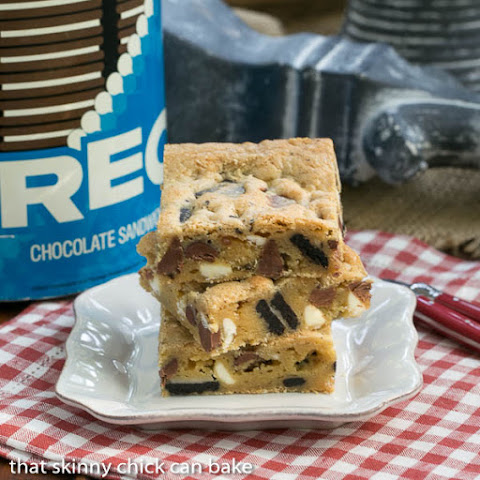 Oreo Chocolate Chip Bars #TwoSweetiePies