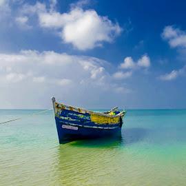 Lonely by Vijayanand K - Transportation Boats ( fishing boats, boats, sea, fishing, boat, anchored boats )