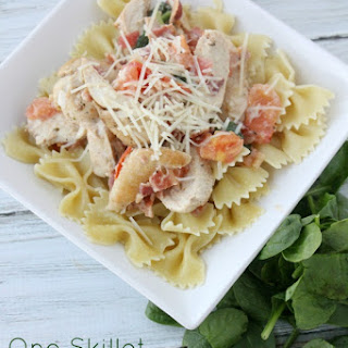 One Skillet Italian Chicken & Garlic Cream Sauce
