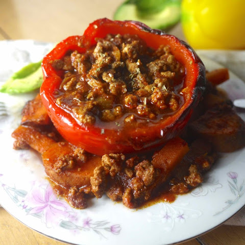 Paleo Enchilada Stuffed Peppers (GF)