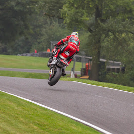 Airborne by Ian Pinn - Sports & Fitness Motorsports ( lincolnshire, mountain, park, motorbike, cadwell, bsb )