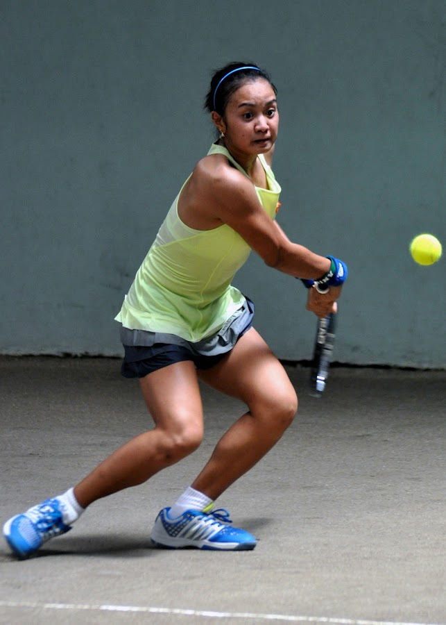 STRIKING DISTANCE by Dominic Malanog - Sports & Fitness Tennis ( foresight, two-fisted backhand, philippine tennis, anticipation, striking distance )