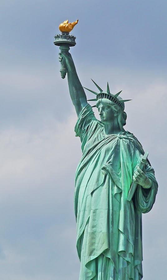 Statue of Liberty IX by Joatan Berbel - Buildings & Architecture Statues & Monuments ( statue of liberty, architectural detail, monument, artistic object, culture )