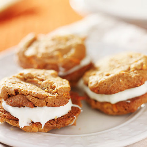 Cream Cheese Frosting-Filled Carrot Cake Cookies