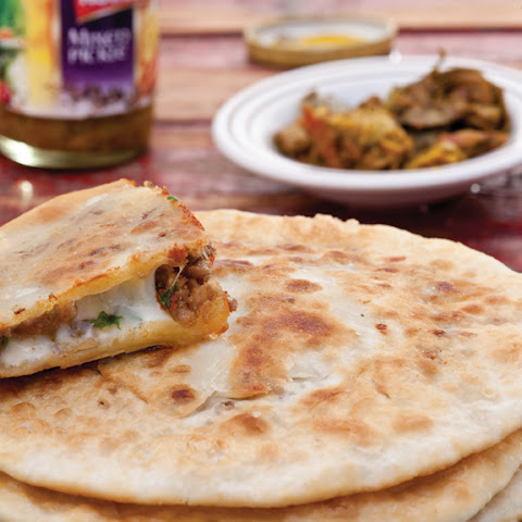 Asad Khawani Roti Stuffed With Qeema & Paneer