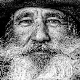 by Flávio Souza Cruz - People Portraits of Men
