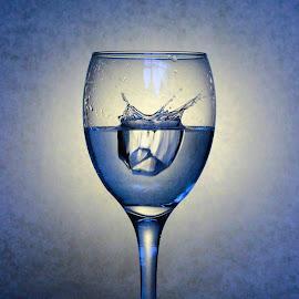 Ice splash by Glyn Lewis - Food & Drink Alcohol & Drinks