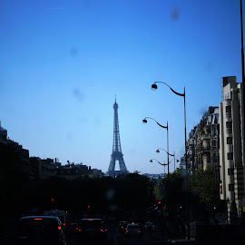 Eiffel Tower by Bar Ivy - Buildings & Architecture Statues & Monuments ( eiffel tower, blue sky, historical, scenic, dusk )