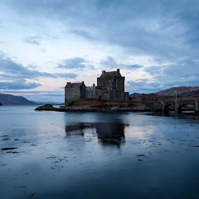 Eilean Donan Castle by Iain Cathro - Buildings & Architecture Public & Historical ( scotland, eilean donan, castle, isle of skye )