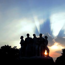 They never fear even if sun goes down and dark come by Iftekhar Eather - Buildings & Architecture Statues & Monuments