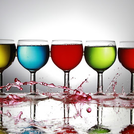 Five glasses by Peter Salmon - Artistic Objects Glass