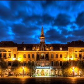 Cityhotel Varberg by Ståle Huatorp - Buildings & Architecture Office Buildings & Hotels ( sweden, lightning, blue sky, sky, varberg, night photography, hotel, asia spa, city )