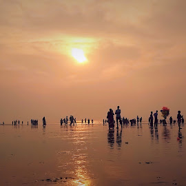 by Sourav Malik - People Street & Candids ( cloudy, beach, sunrise, morning, people )