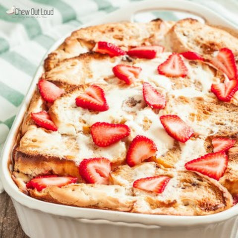 Strawberry Cheesecake French Toast Bake