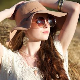 Sun Bathing Hippy by Molly Chalfin - People Fashion ( hippy sunny )