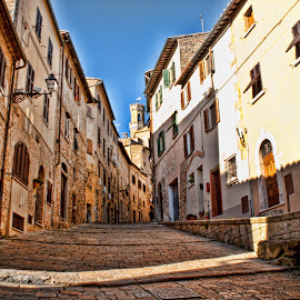 Volterra (Tuscany, Italy) by Gianluca Presto - Buildings & Architecture Homes ( volterra, nobody, houses, old, ancient, tuscany, street, historic district, architecture, homes, italy )