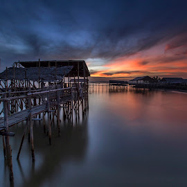 shooting hut  by Esther Pupung - Landscapes Waterscapes