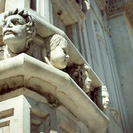 Monument in Šibenik by Miroslav Ranilović - Buildings & Architecture Statues & Monuments ( šibenik, croatia, architectural detail, monument, architecture )